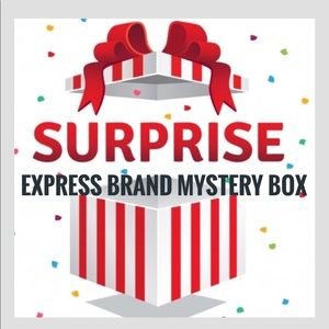 😀🆕Mystery Box of Express Brand Clothing 📦